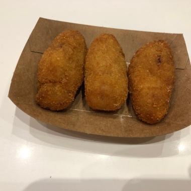 Croquetas de Jamon (Ham Croquettes)